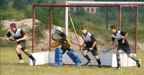 Hockey boys on defence